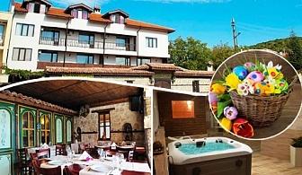 Великден в Кошарица! 2, 3 или 4 нощувки със закуски и вечери + Великденски обяд и сауна в хотел Ловна среща