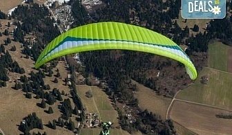 Височинен тандемен полет с парапланер от до 2000 метра - свободно летене от Витоша, Сопот, Беклемето или Конявската планина със заснемане с HD аction камера от Dedalus Paragliding Club!