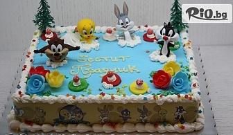 Вкусен празник! Детска торта с ванилов и шоколадов мус + безплатен надпис и кутия, от майстор сладкарите на Сладкарница Сладост