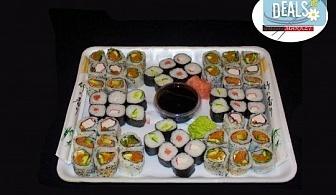 Вкусно и здравословно! Вземете 56 суши хапки с филаделфия, пушена сьомга и херинга или скариди от Sushi Market!