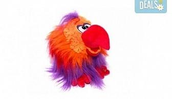 Вземете червен плюшен, говорещ папагал от Toys.bg!
