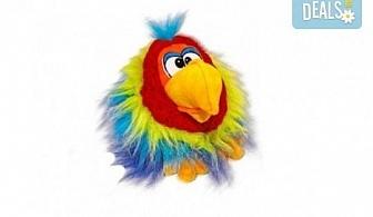 Вземете жълт плюшен, говорещ папагал от Toys.bg!