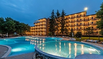 Юли и Август в Приморско ! 2 + нощувки на човек на база All Inclusive + басейн в хотел Белица