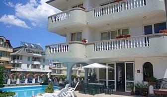 01 – 10 Юли в Китен! Нощувка за ДВАМА + басейн в хотел Ния