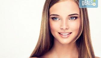 Здрава коса с кератинова терапия! Ламиниране на коса с JOIKO и оформяне в прическа - изправяне или букли в Marbella Beauty Studio!