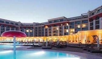 5-звездна луксозна Нова Година край морето, 3 дни с Гала вечеря и богата програма в Лайтхаус Хотел до Балчик
