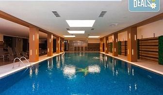 5-звездна почивка в Боровец! Нощувка със закуска и вечеря в хотел Боровец Хилс, ползване на вътрешен басейн, джакузи, сауна, парна баня и фитнес